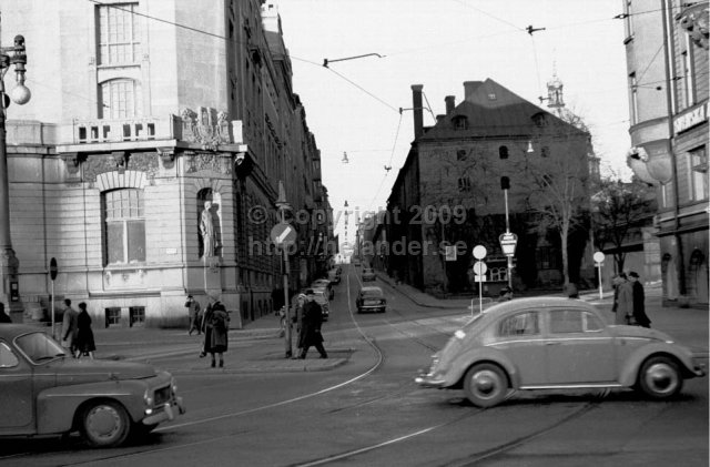 Sibyllegatan by Nybroplan, Dramaten at the left. Stockholm. (1961)