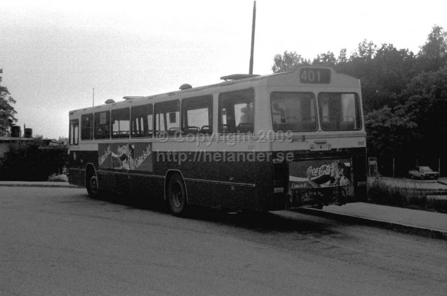 SL bus nr 5197 at the turnaround in Flaten, Älta, Stockholm. (1987)